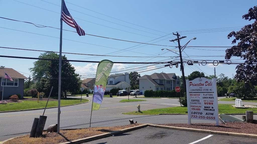 Princeton Deli 2 - convenience store  | Photo 5 of 5 | Address: 24 Green Island Rd, Toms River, NJ 08753, USA | Phone: (732) 255-0555
