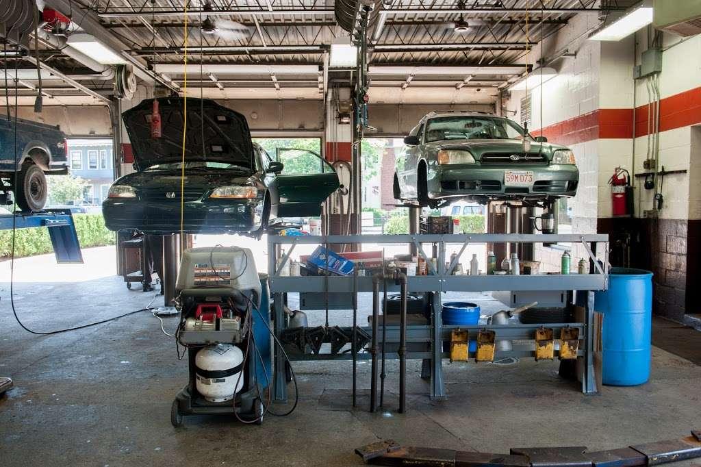 Morrisons Auto Rite - car repair  | Photo 2 of 10 | Address: 475 Centre St, Jamaica Plain, MA 02130, USA | Phone: (617) 522-4444