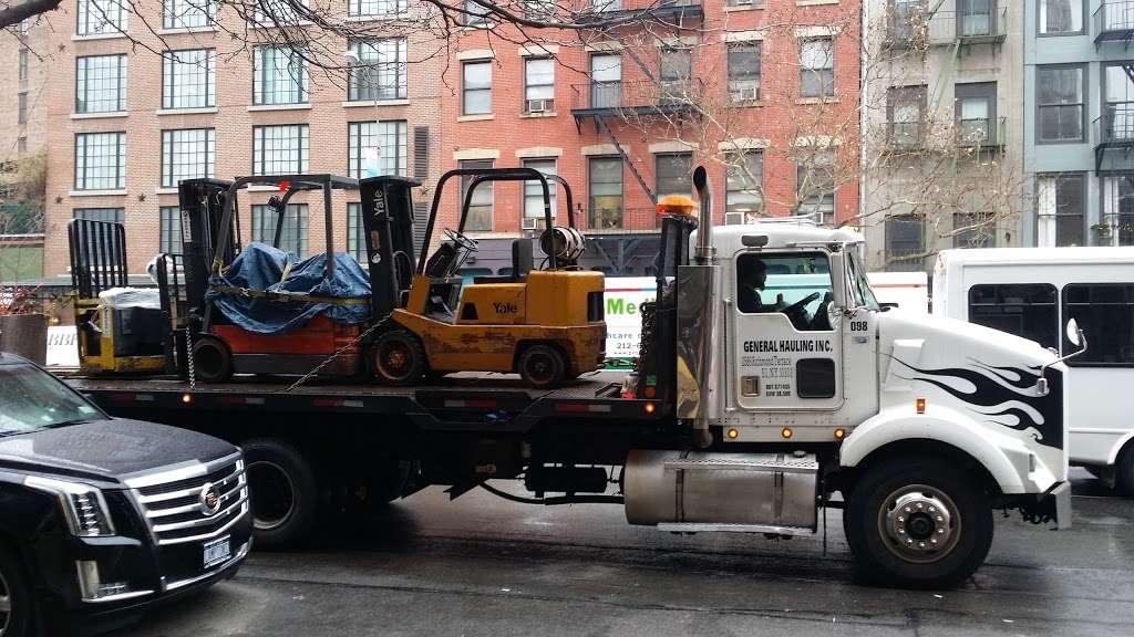 General Hauling Inc - moving company  | Photo 3 of 10 | Address: 2589 Richmond Terrace, Staten Island, NY 10303, USA | Phone: (718) 815-2049