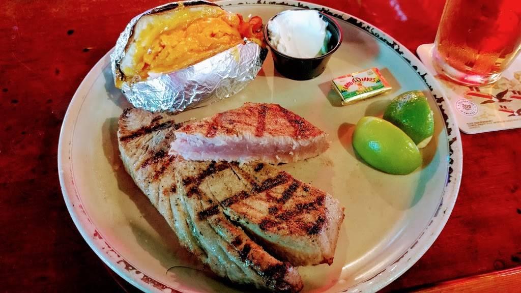 Duffys Tavern - restaurant  | Photo 2 of 9 | Address: 2108 SW 57th Ave, Miami, FL 33155, USA | Phone: (305) 264-6580