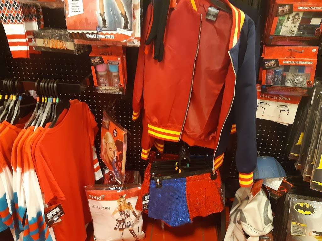 Spirit Halloween - home goods store    Photo 2 of 4   Address: 15 N La Grange Rd, La Grange, IL 60525, USA   Phone: (866) 586-0155