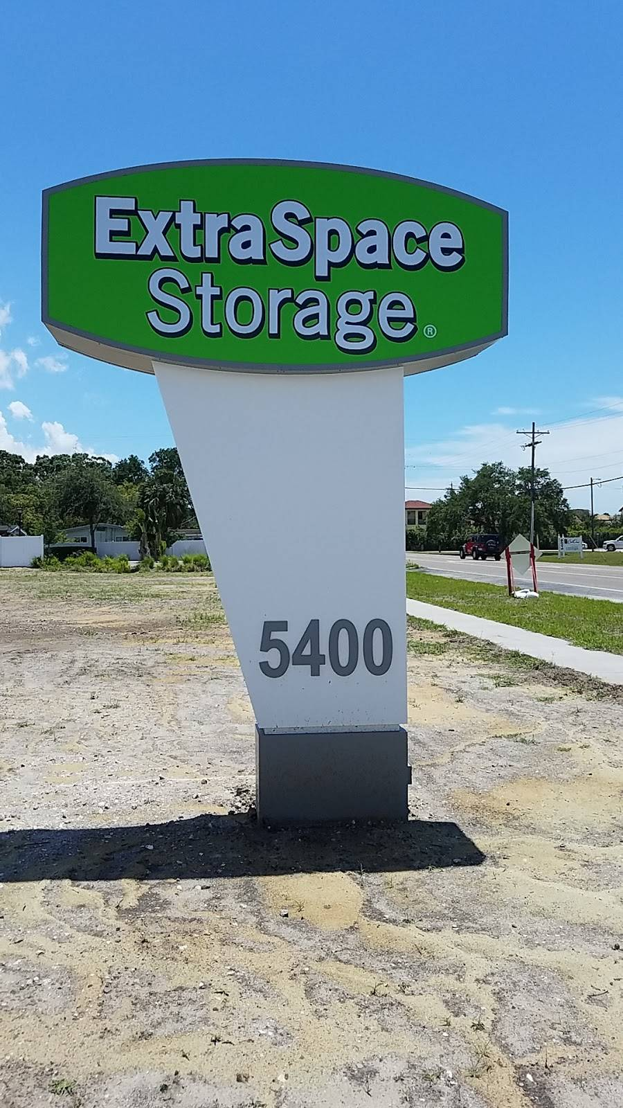Extra Space Storage - moving company  | Photo 6 of 10 | Address: 5400 S West Shore Blvd, Tampa, FL 33611, USA | Phone: (813) 534-4475