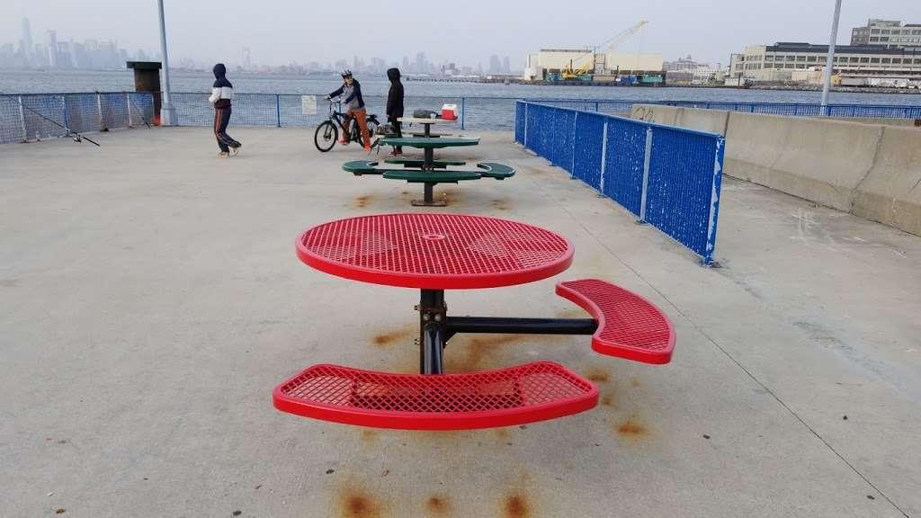 Sunset Park/Brooklyn Army Terminal - transit station  | Photo 9 of 10 | Address: Brooklyn, NY 11220, USA