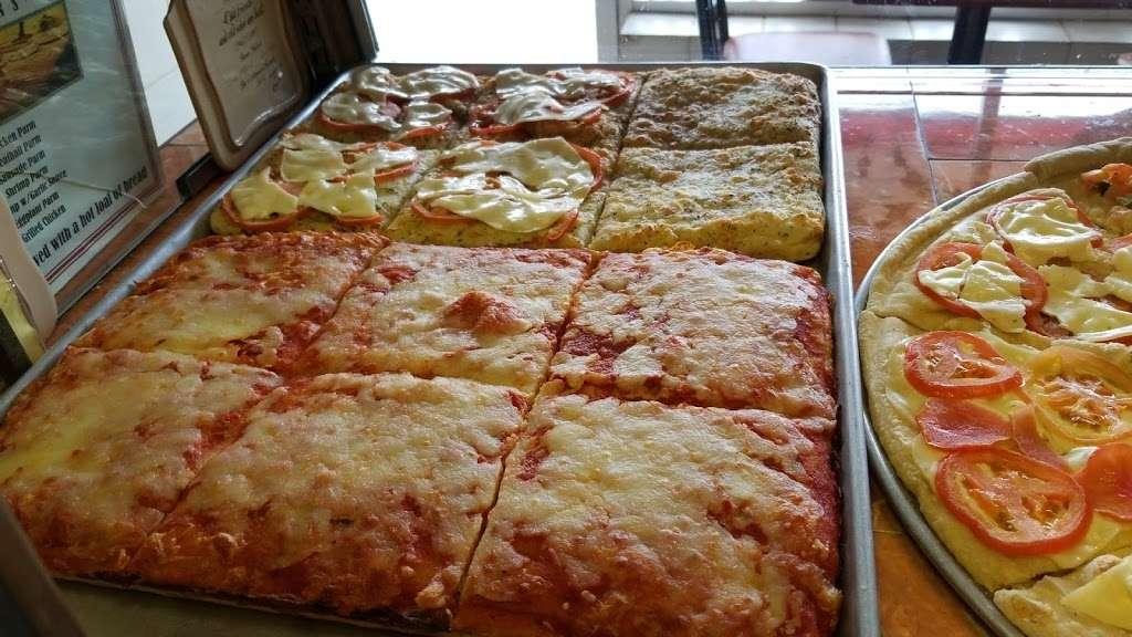 Prima Pizza - restaurant    Photo 6 of 10   Address: 328 Avenue B A, Bayonne, NJ 07002, USA   Phone: (201) 339-3100