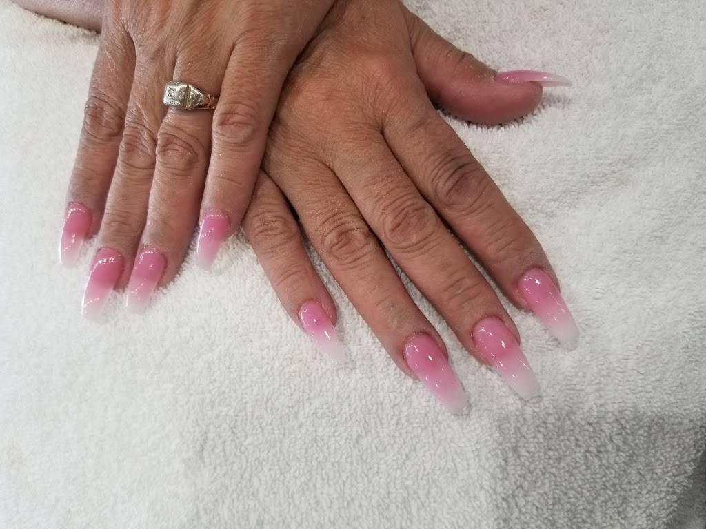 Angels Hair And Nails - hair care  | Photo 4 of 8 | Address: 4827 Paramount Blvd, Lakewood, CA 90712, USA | Phone: (562) 422-9468