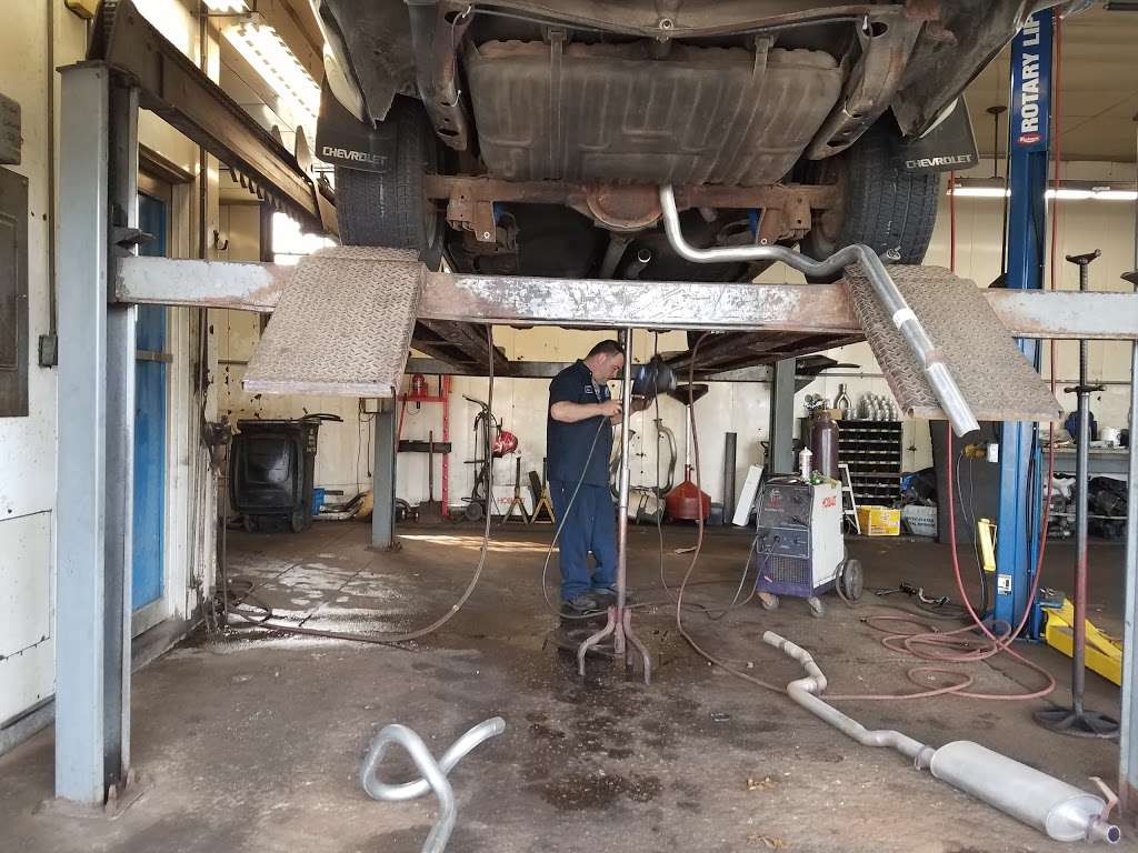 USA Muffler & Brakes - car repair  | Photo 2 of 10 | Address: 4625 W 37th Ave, Hobart, IN 46342, USA | Phone: (219) 947-2511