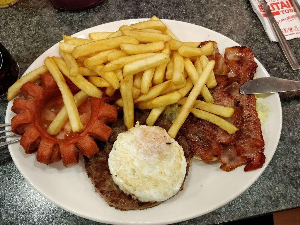 Wimpy - restaurant  | Photo 4 of 10 | Address: 95 High St, Eltham, London SE9 1TD, UK | Phone: 020 8850 8801