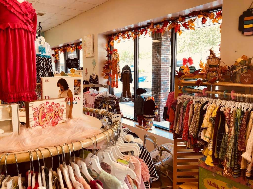 Lollipop Kids Consignment - clothing store    Photo 2 of 5   Address: 1776 N Center St ste a, Hickory, NC 28601, USA   Phone: (828) 569-1566