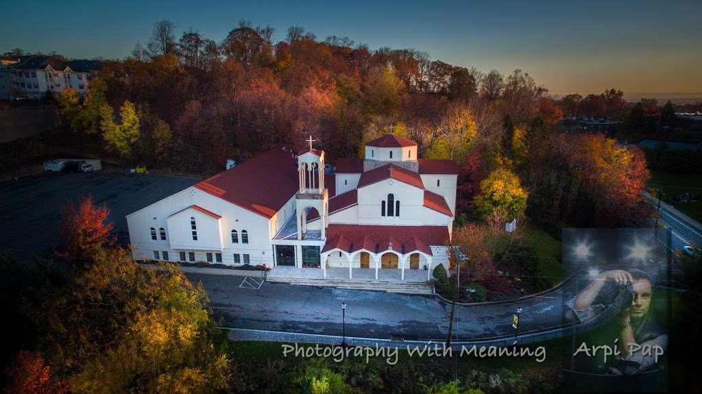 St Georges Greek Orthodox Church - church  | Photo 10 of 10 | Address: 818 Valley Rd, Clifton, NJ 07013, USA | Phone: (973) 779-2626