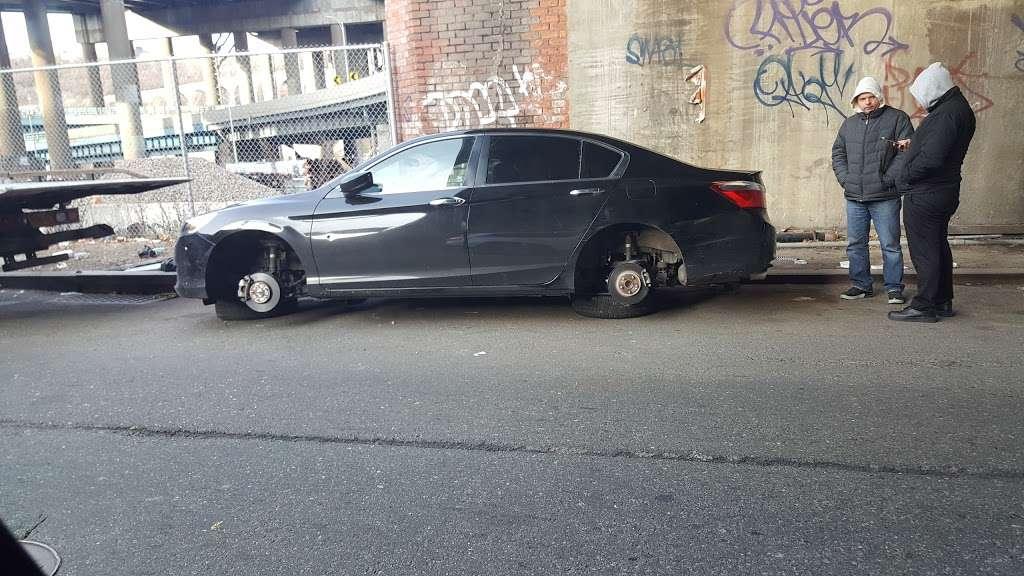 Sedgwick Av/w 174 St - bus station  | Photo 1 of 1 | Address: Bronx, NY 10453, USA