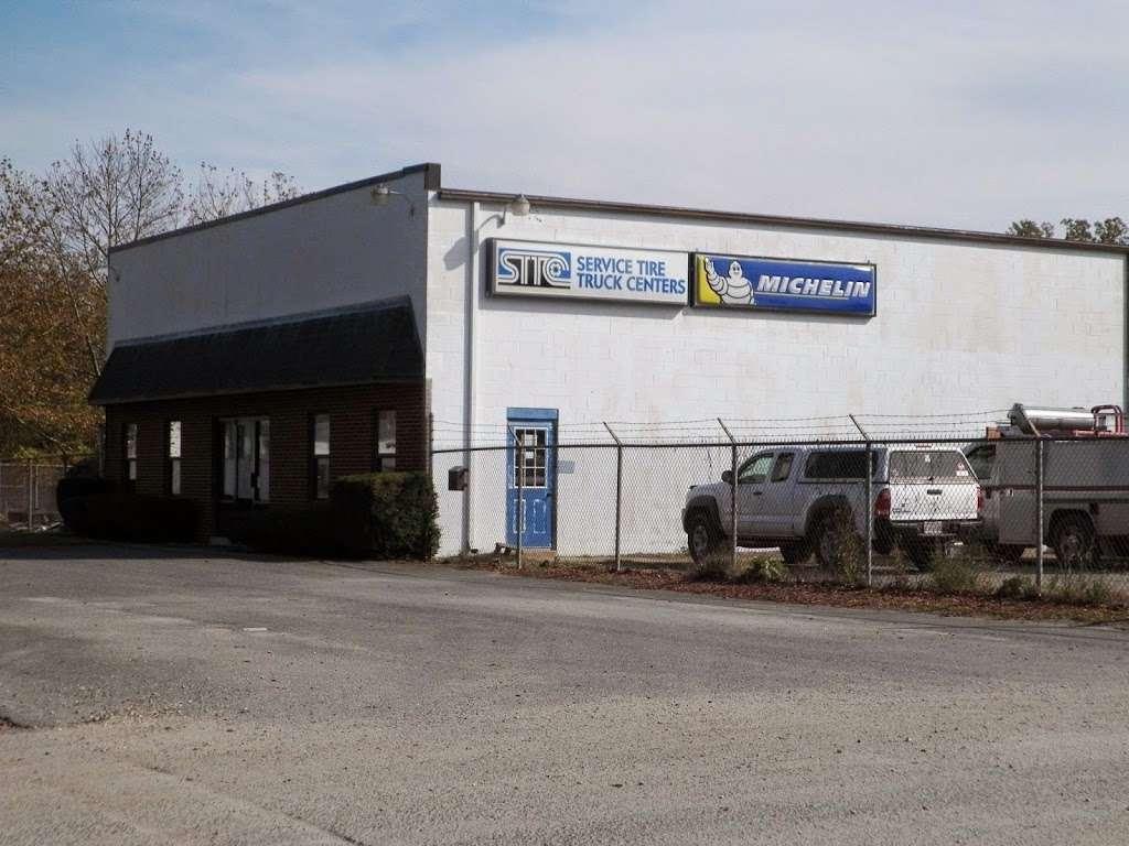 Service Tire Truck Centers Inc - car repair  | Photo 1 of 5 | Address: 4951 Quality Dr, Fredericksburg, VA 22408, USA | Phone: (540) 370-0284