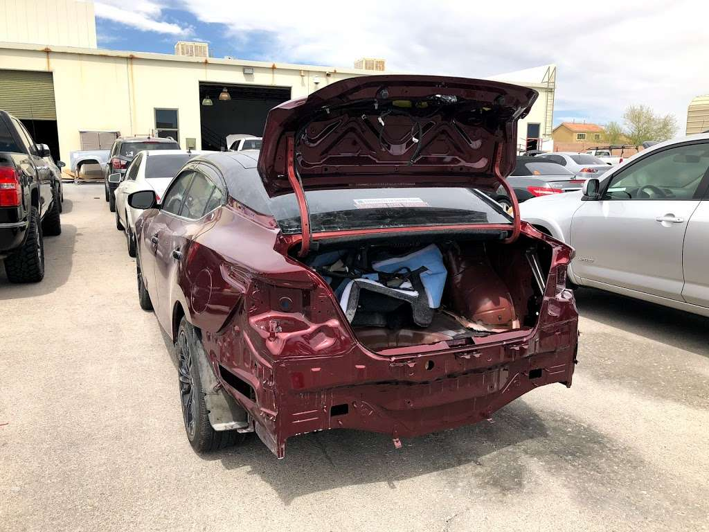 New Look Collision Center - car repair  | Photo 5 of 10 | Address: 5845 W Shelbourne Ave, Las Vegas, NV 89139, USA | Phone: (702) 269-1650