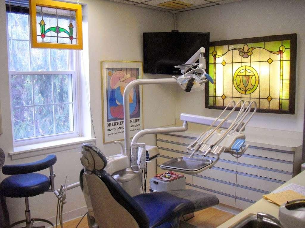 Laifer Steven DDS - dentist  | Photo 1 of 8 | Address: 210 Knickerbocker Rd, Cresskill, NJ 07626, USA | Phone: (201) 568-6688