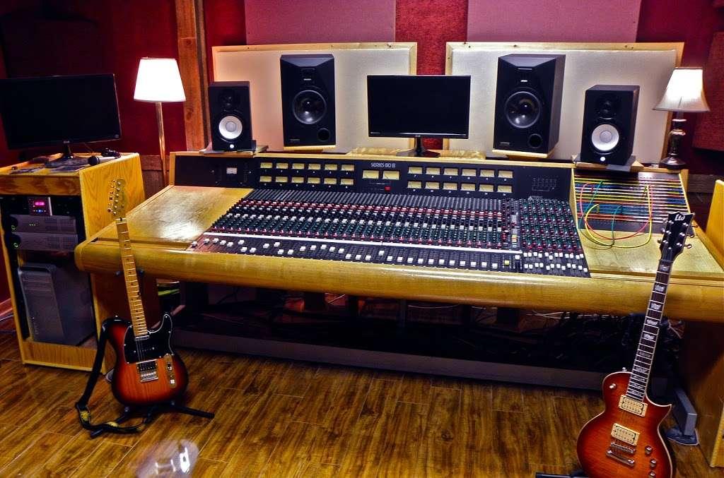 Silver Star Recording Studio - electronics store  | Photo 9 of 9 | Address: 3402 S Main St, Salisbury, NC 28147, USA | Phone: (704) 565-9155