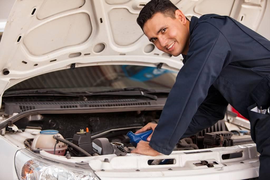 Honn Auto Repair Shop - car repair  | Photo 6 of 7 | Address: 2651, 431 S Stapley Dr # 7, Mesa, AZ 85204, USA | Phone: (480) 649-7009
