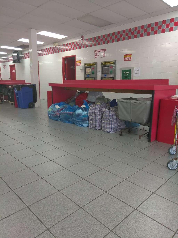Launderama Super Store - laundry  | Photo 2 of 5 | Address: 1097 Stuyvesant Ave, Irvington, NJ 07111, USA | Phone: (973) 374-0520