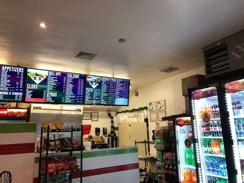 Milanos Pizzeria - restaurant  | Photo 3 of 3 | Address: 259 Stockbridge Rd, Scituate, MA 02066, USA | Phone: (781) 546-2676