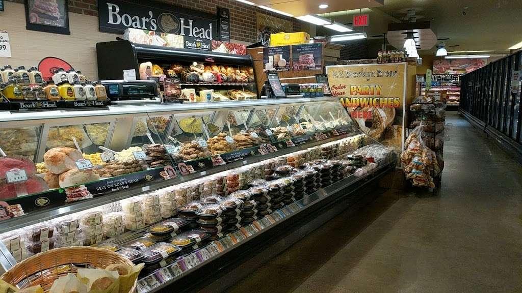 Key Food Supermarkets - supermarket  | Photo 7 of 10 | Address: 155 Bay St, Staten Island, NY 10301, USA | Phone: (718) 442-3537