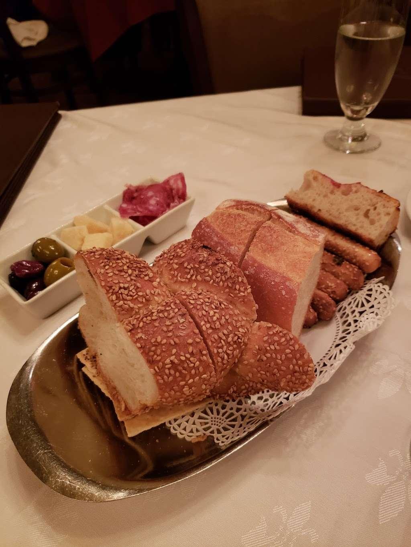 Michael's of Brooklyn - restaurant  | Photo 7 of 10 | Address: 2929 Avenue R, Brooklyn, NY 11229, USA | Phone: (718) 998-7851