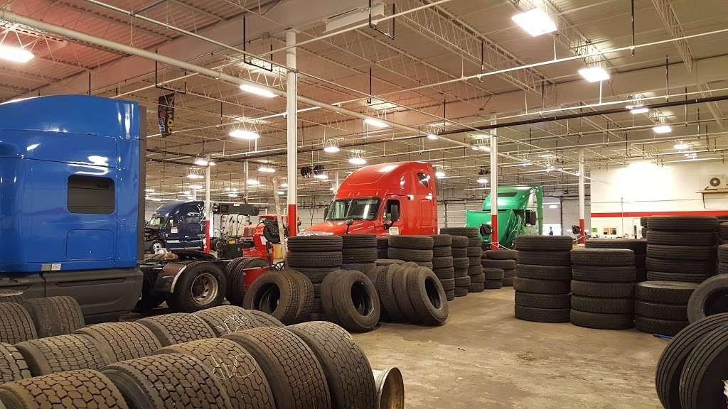 TRUCK LIFE - car repair  | Photo 2 of 10 | Address: 7900 Melton Rd, Gary, IN 46403, USA | Phone: (219) 655-0018