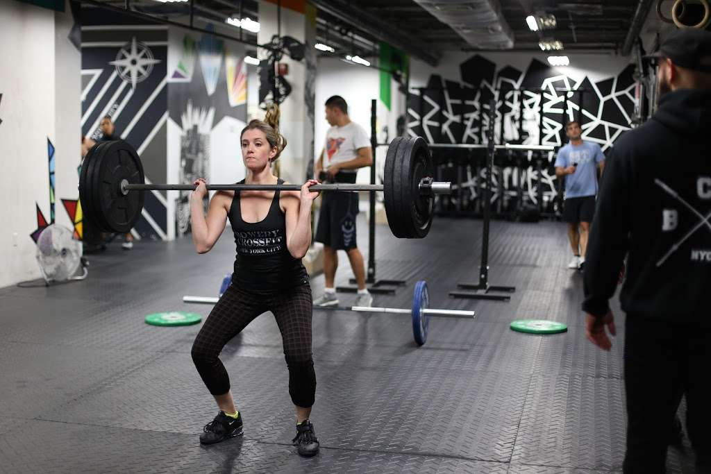 Bowery CrossFit - gym  | Photo 9 of 10 | Address: 285 Grand St, New York, NY 10002, USA | Phone: (516) 725-5032