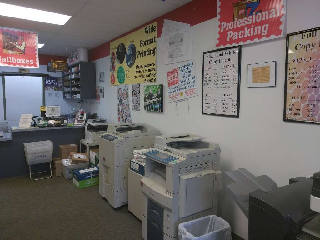 Mailing Station - store  | Photo 6 of 10 | Address: 5868 East 71st Street, #E, Indianapolis, IN 46220, USA | Phone: (317) 841-7506