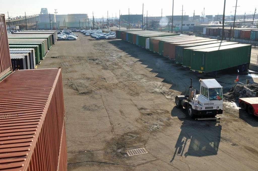 TRT International - moving company  | Photo 2 of 10 | Address: 250 Port St, Newark, NJ 07114, USA | Phone: (973) 344-7100