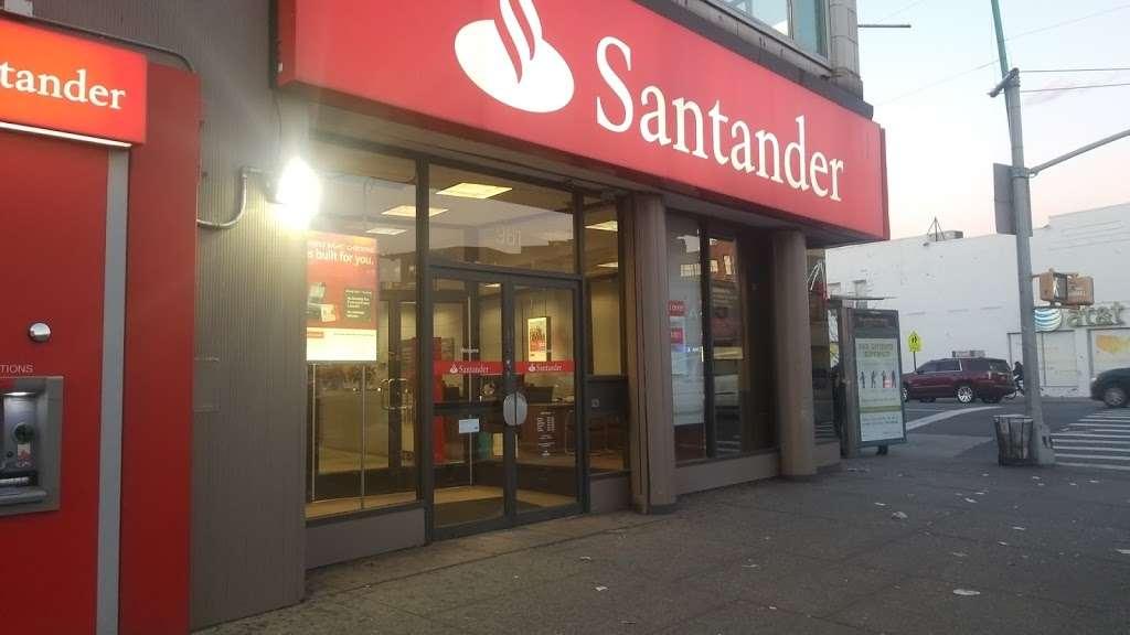Santander Bank - bank  | Photo 6 of 10 | Address: 961 Kings Hwy, Brooklyn, NY 11223, USA | Phone: (718) 336-4713