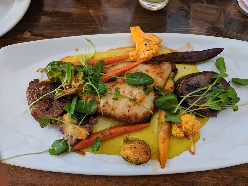 La Costanera - restaurant    Photo 2 of 10   Address: 8150 Cabrillo Hwy, Montara, CA 94037, USA   Phone: (650) 728-1600