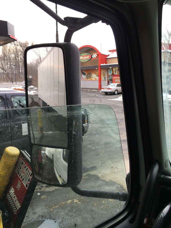 Raceway Petroleum - gas station  | Photo 2 of 2 | Address: 2715 US-1, North Brunswick Township, NJ 08902, USA | Phone: (732) 819-9116
