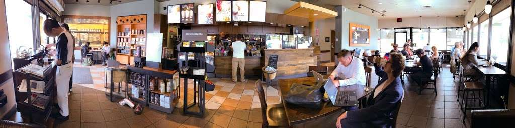Starbucks - cafe  | Photo 4 of 10 | Address: 16051 Brookhurst St, Fountain Valley, CA 92708, USA | Phone: (714) 531-1984