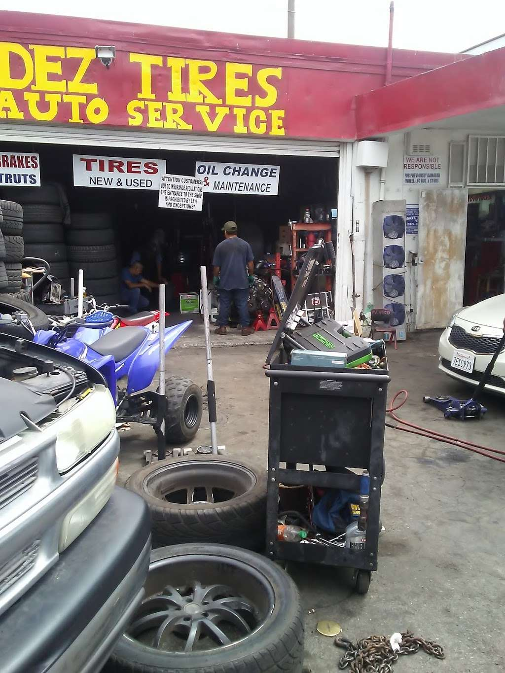 Mendez Tires And Auto Service - car repair  | Photo 5 of 10 | Address: 541 E Redondo Beach Blvd, Gardena, CA 90248, USA | Phone: (424) 329-3585