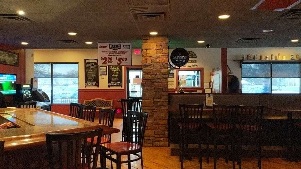 Palz Tap House - restaurant  | Photo 7 of 9 | Address: 1902 County Line Rd, Huntingdon Valley, PA 19006, USA | Phone: (267) 684-6091