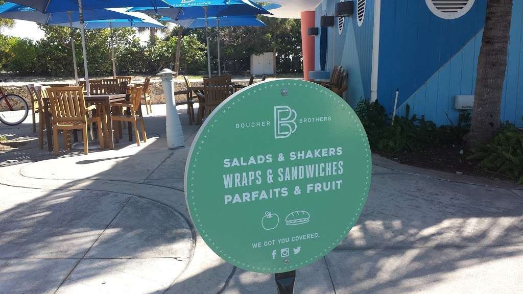 Boucher Brothers Salads & Shakers - cafe  | Photo 3 of 3 | Address: 2111 Miami Beach Dr, Miami Beach, FL 33139, USA