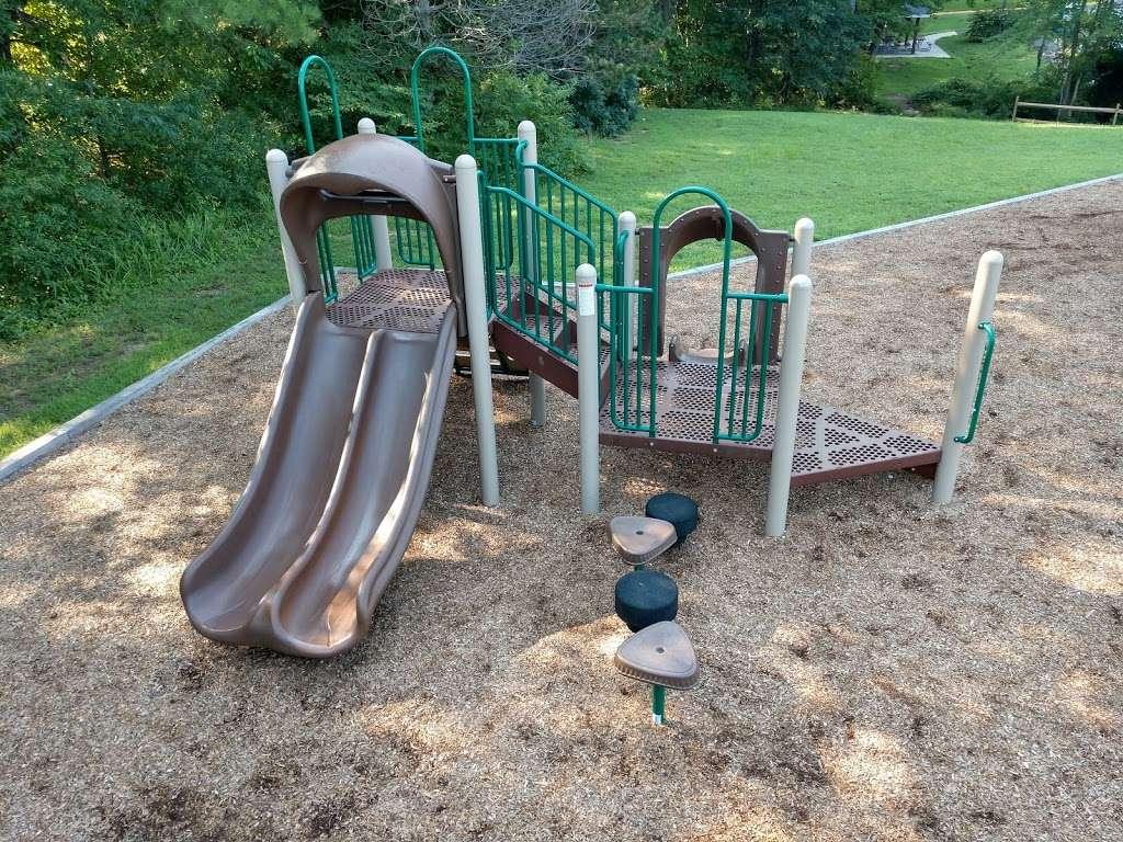 Levelle W. Dupell Park - park  | Photo 1 of 10 | Address: 6812 Newington Rd, Lorton, VA 22079, USA | Phone: (703) 324-8732