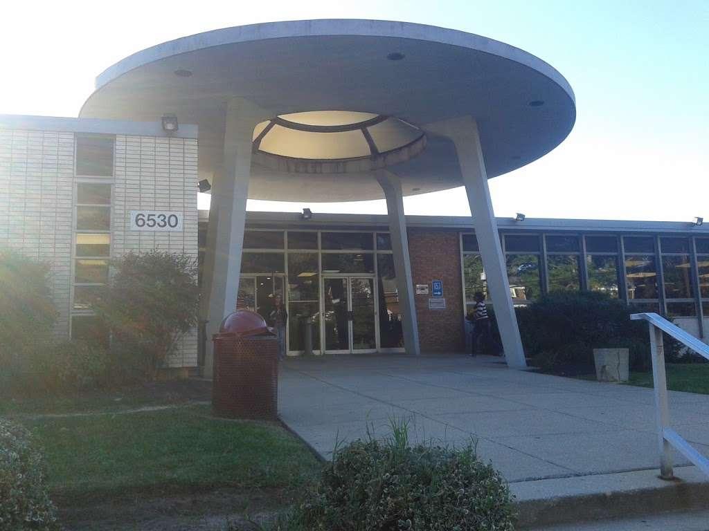 Hyattsville Branch Library, PGCMLS - library  | Photo 8 of 10 | Address: 6502 America Blvd, Hyattsville, MD 20782, USA | Phone: (301) 985-4690