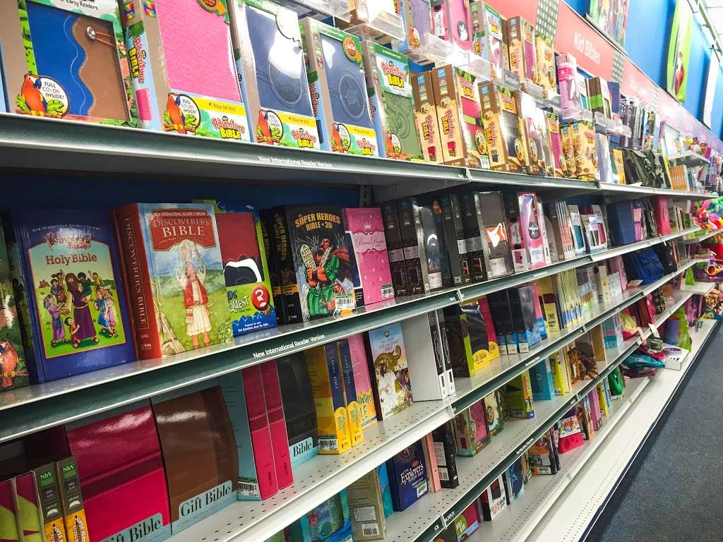 Mardel Christian & Education - book store    Photo 7 of 10   Address: 20085 Gulf Fwy, Webster, TX 77598, USA   Phone: (281) 316-5081
