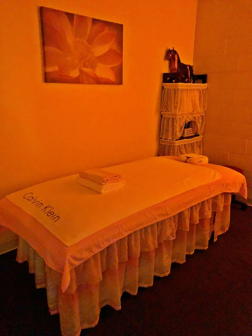 Stress Relief Spa - spa  | Photo 1 of 10 | Address: 2047 S Black Horse Pike, Williamstown, NJ 08094, USA | Phone: (856) 503-9969