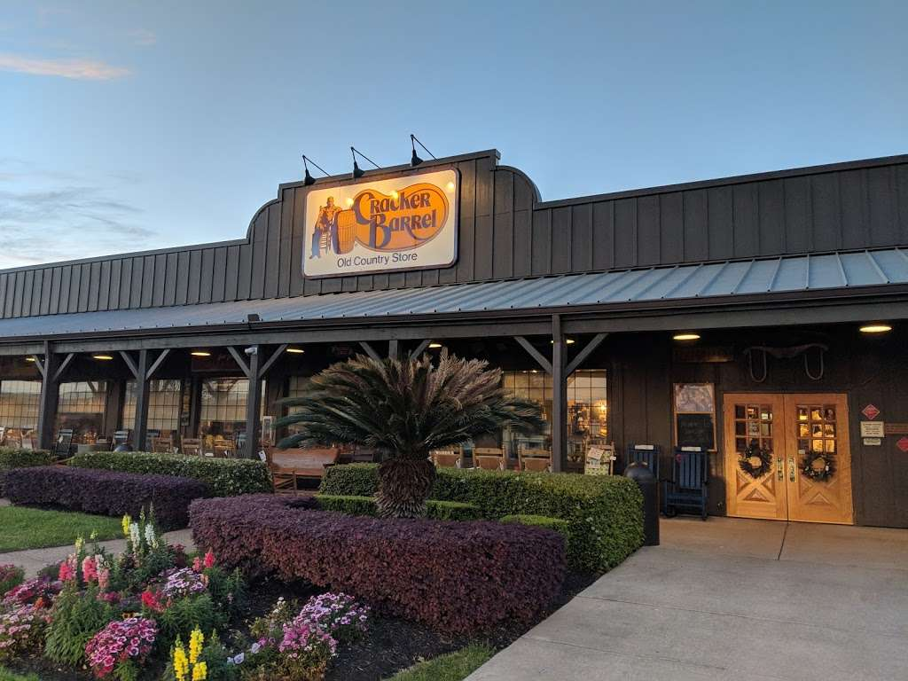 Cracker Barrel Old Country Store - store  | Photo 4 of 10 | Address: 5173 I-10 Frontage, Baytown, TX 77521, USA | Phone: (281) 421-5091