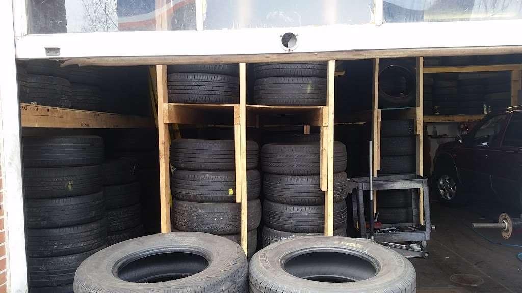 Lindenwold Tire Center - car repair  | Photo 2 of 10 | Address: 500 E Gibbsboro Rd, Lindenwold, NJ 08021, USA | Phone: (856) 426-5635