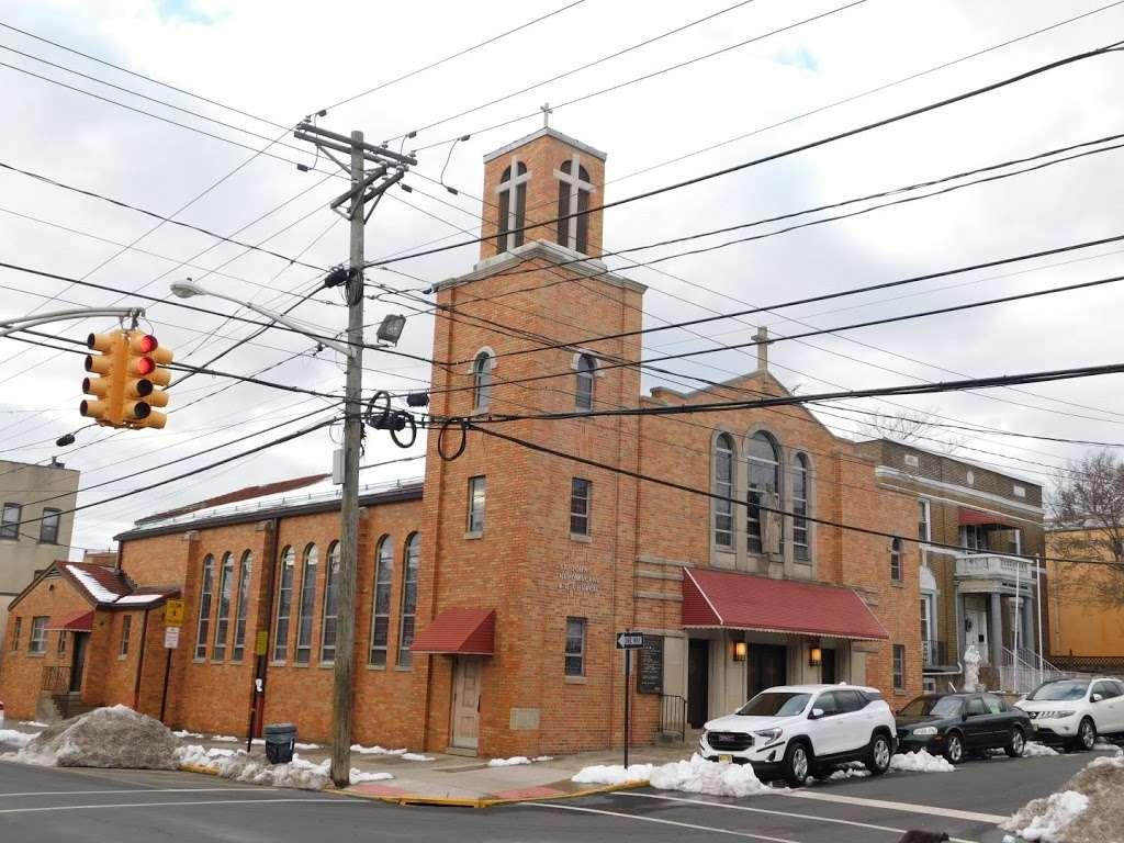 Saint John Nepomucenes Roman Catholic Church - church  | Photo 1 of 4 | Address: Guttenberg, NJ 07093, USA