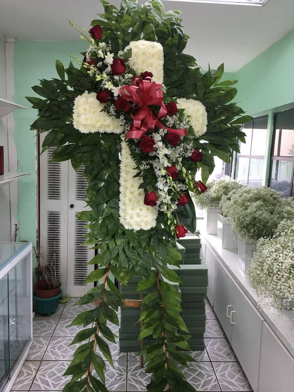 Primavera Florist Pedro - florist  | Photo 7 of 10 | Address: 5510 W Flagler St, Coral Gables, FL 33134, USA | Phone: (305) 447-4660