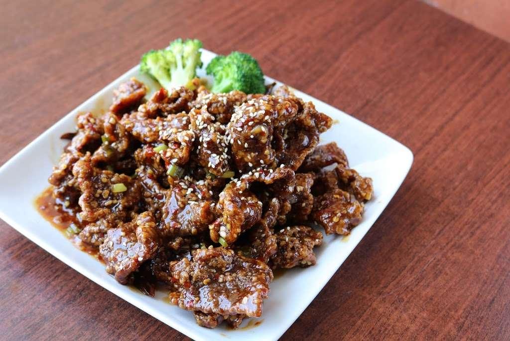 Tasty Wok Cuisine - meal delivery  | Photo 9 of 10 | Address: 11628 Santa Monica Blvd #7, Los Angeles, CA 90025, USA | Phone: (310) 826-0900