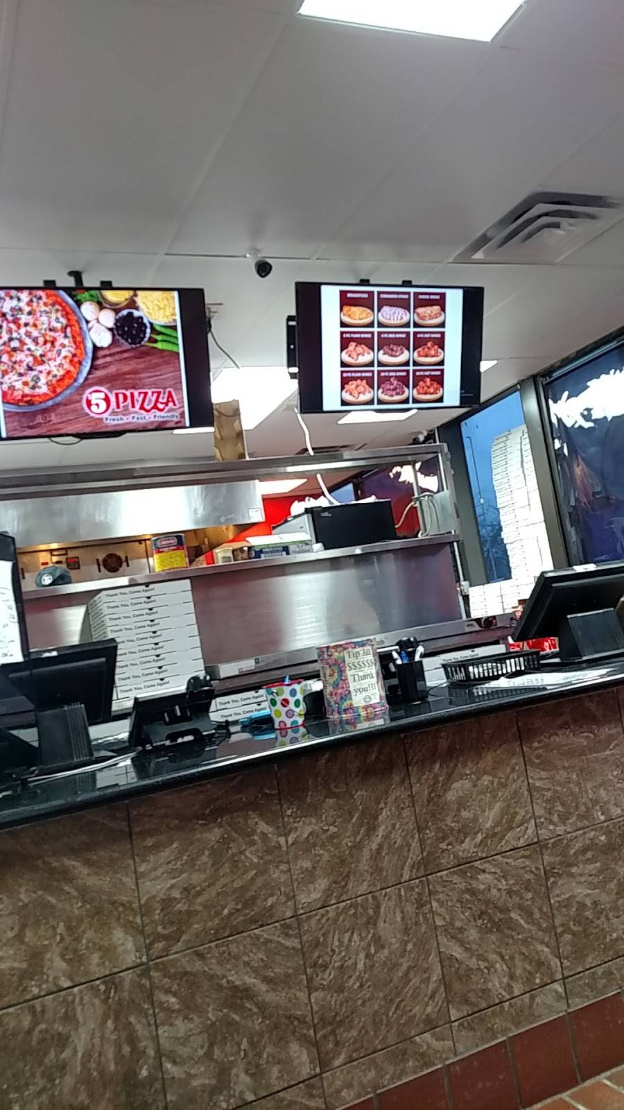 $5 Pizza - meal takeaway  | Photo 1 of 10 | Address: 1158 Southview Blvd, South St Paul, MN 55075, USA | Phone: (651) 493-4136