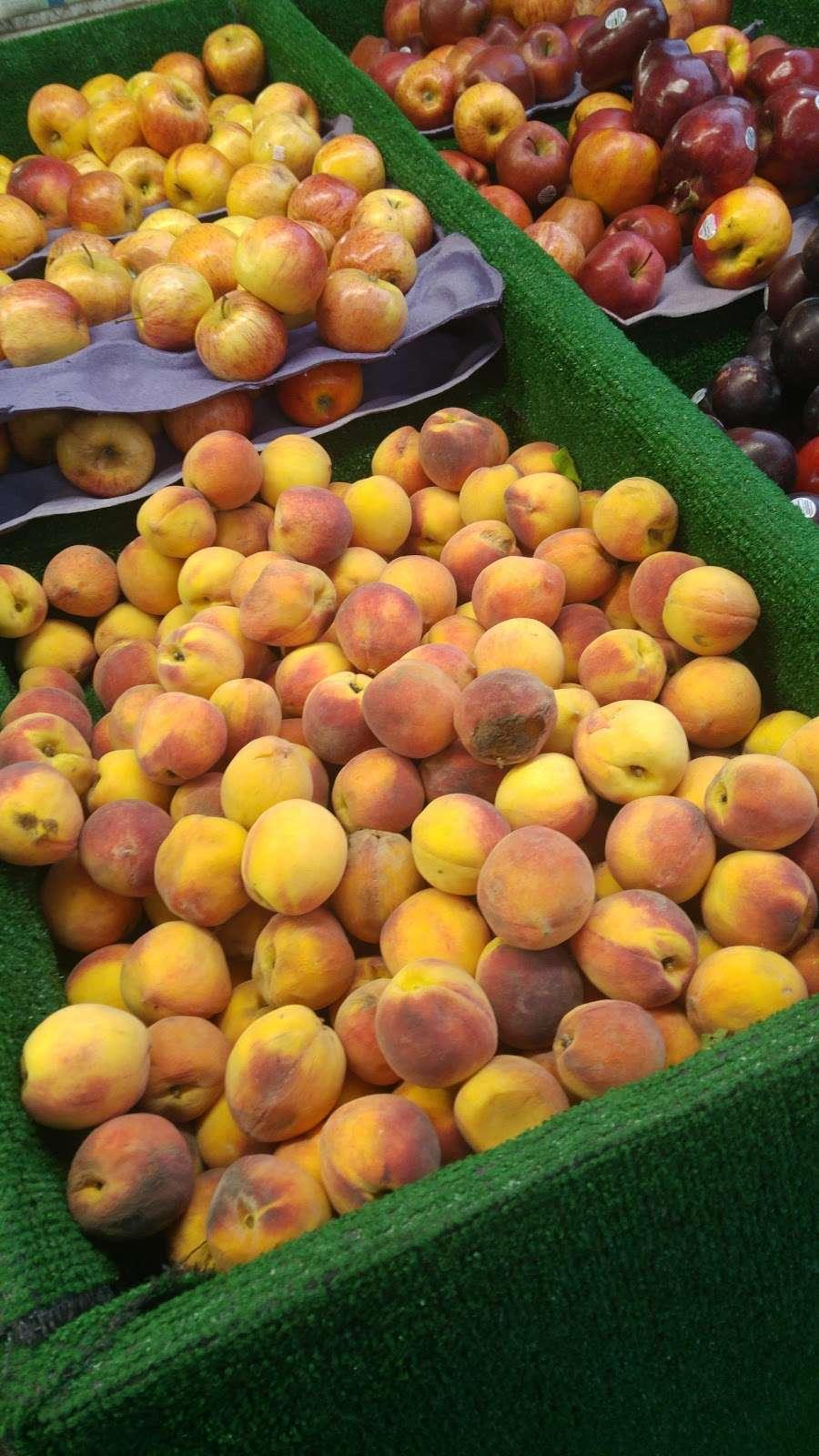 Raskins Fruit & Produce - store    Photo 2 of 10   Address: 335 Kingston Ave, Brooklyn, NY 11213, USA   Phone: (718) 756-3888