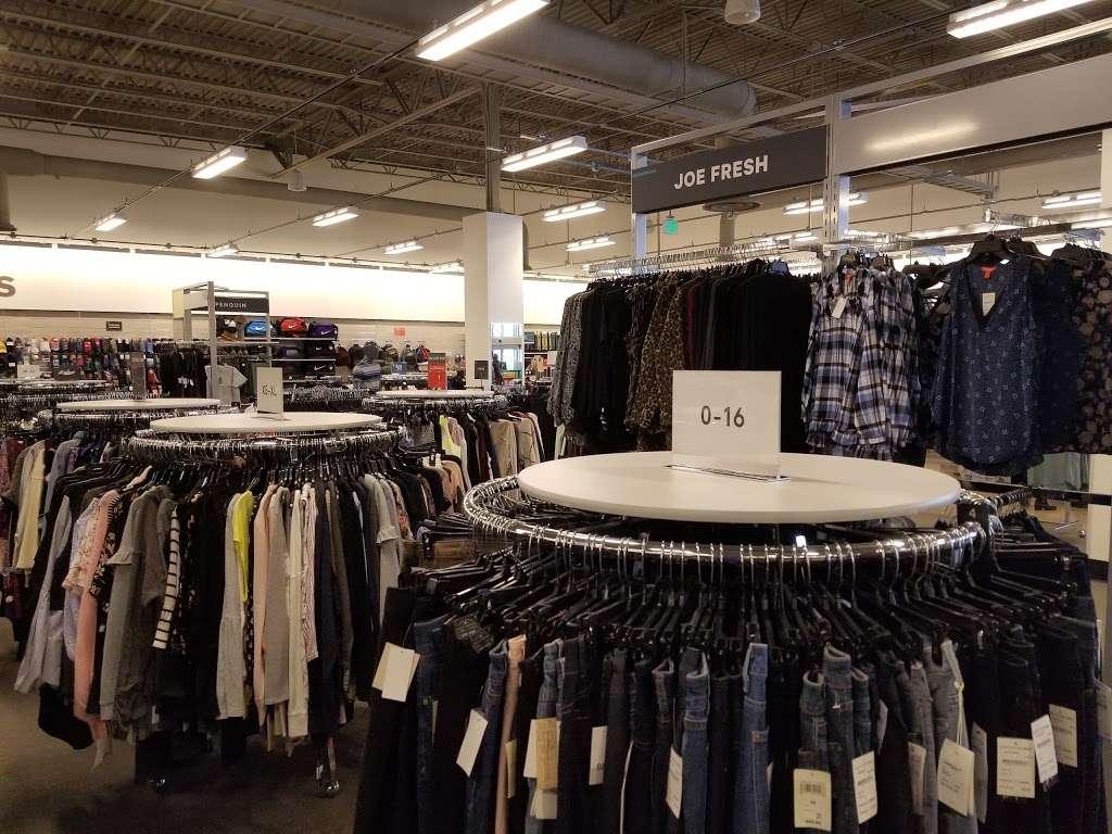 Nordstrom Rack Schererville - clothing store  | Photo 2 of 10 | Address: 185 US-41, Schererville, IN 46375, USA | Phone: (219) 227-3960