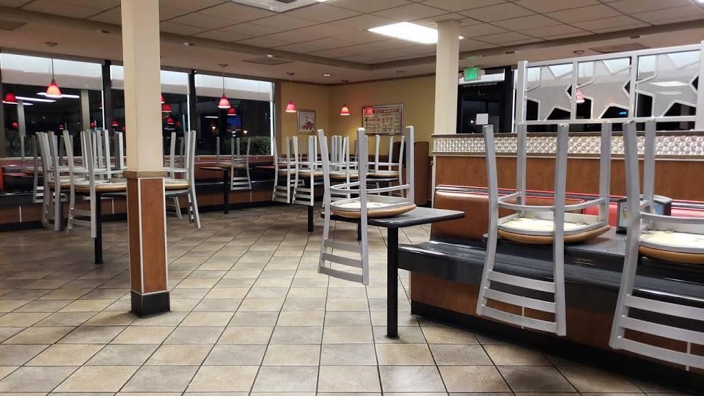 Carls Jr. - restaurant  | Photo 3 of 10 | Address: 5275 W Shaw Ave, Fresno, CA 93722, USA | Phone: (559) 275-6526