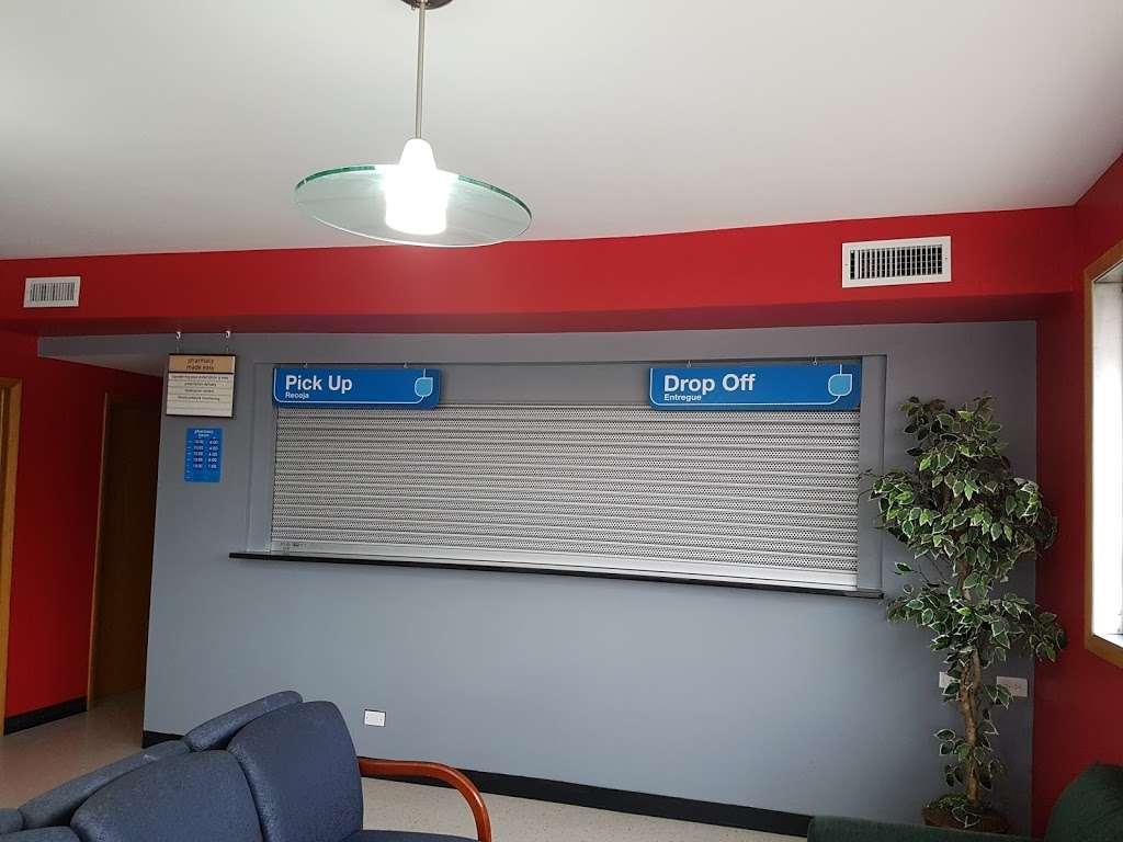 Luna Pharmacy II LLC - pharmacy  | Photo 2 of 2 | Address: 235 W 95th St, Chicago, IL 60628, USA | Phone: (773) 340-4445