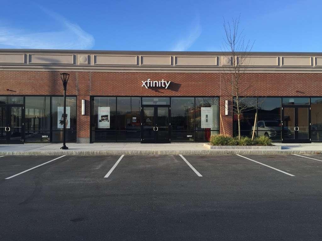 Xfinity Store by Comcast - electronics store    Photo 1 of 10   Address: 62 Second Ave, Burlington, MA 01803, USA   Phone: (781) 365-1692