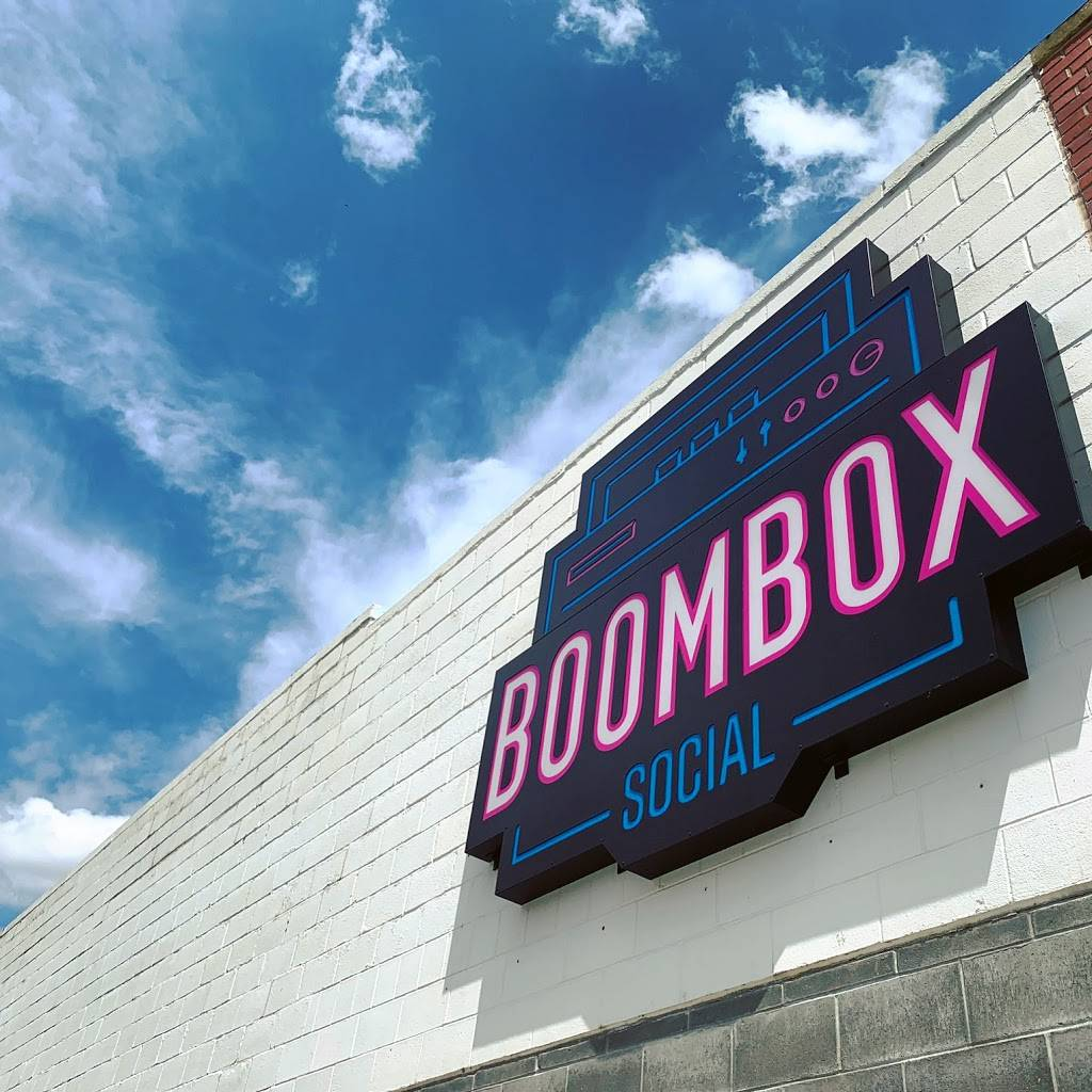 Boombox Social - meal takeaway    Photo 6 of 6   Address: 1630 P St, Lincoln, NE 68508, USA   Phone: (531) 500-3077